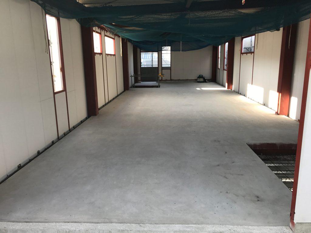 建築中の新事務所